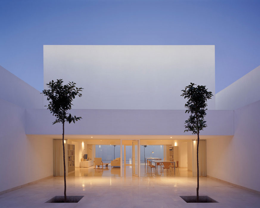 On dise o projects casa guerrero for Minimalist architecture design house