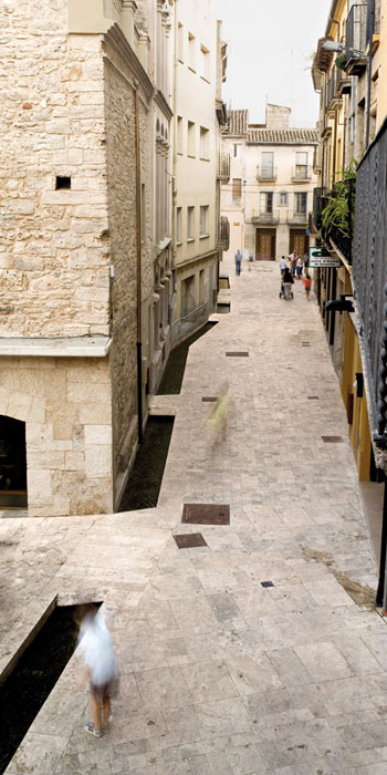 On dise o projects remodelling of the old district of - Arquitectes girona ...