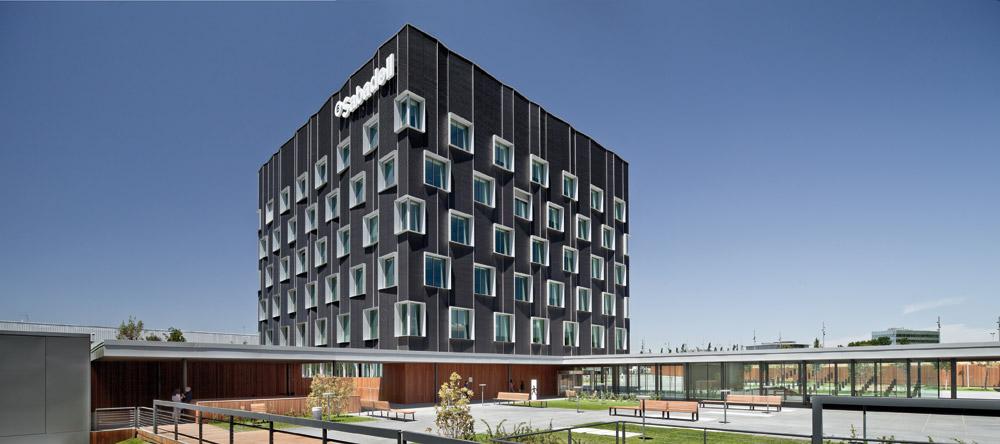 On dise o proyectos sede central del banc de sabadell - Banco sabadell oficina central ...