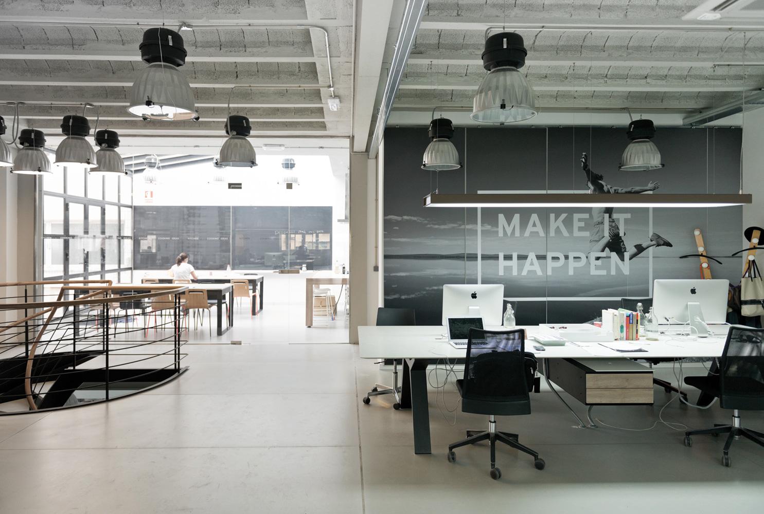 On dise o proyectos oficinas compac en valencia for Oficinas interiores