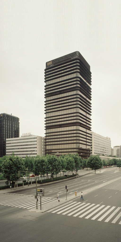 Arquitectura espa ola 1975 2010 35 a os construyendo for Arquitectura espanola